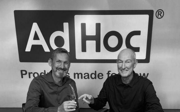 AdHoc mit neuer Doppelspitze