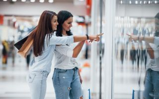 Verbraucherstimmung verbessert sich leicht