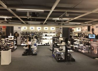 ELO-Shop-inShop.jpg