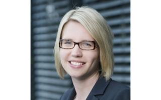 IFH Köln_Dr. Eva Stüber mit R