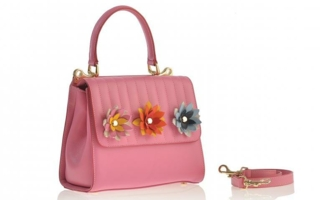 Monrob-Ada-with-flowers-Tasche.jpg