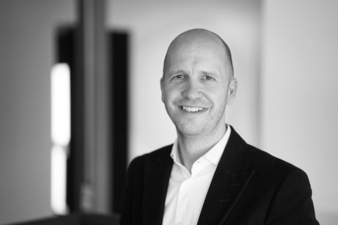 Sven-Ullrich-Chief-Marketing.jpg