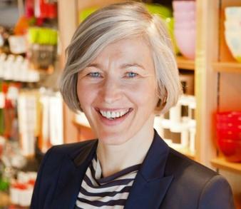 Claudia Scheck