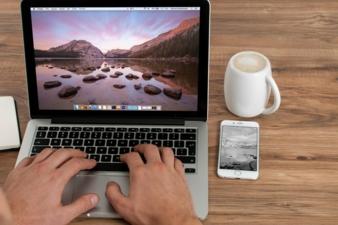 Digitalisierung_Computer.jpg