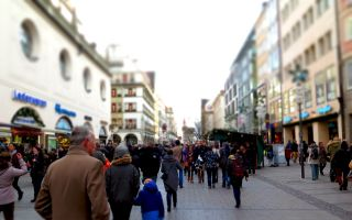 shopping-street-579079_1280